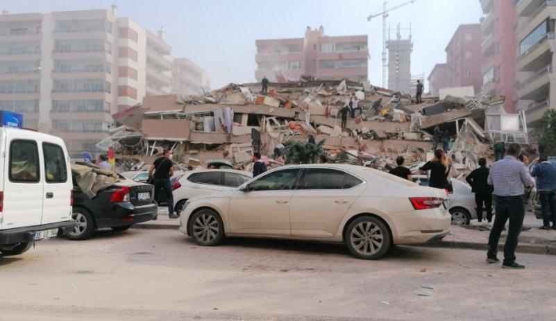 Cutremur în Turcia. UPDATE. Orașul Izmir (aflat la 17 Km de epicentru) este cel mai afectat. Cel puțin opt persoane au murit și 120 au fost rănite. Zeci de clădiri s-au prăbușit, iar străzile au fost inundate imediat după cutremur de un val produs de aces